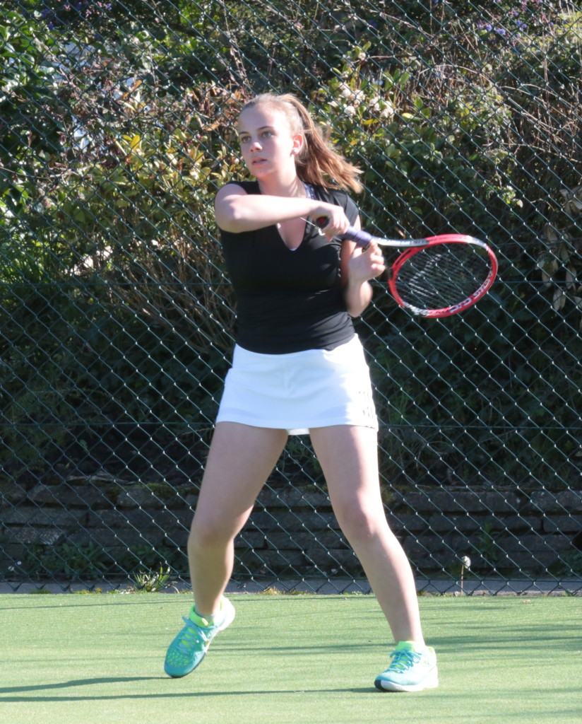 Olivia Stapley hitting at Amherst credit Ben Hamilton