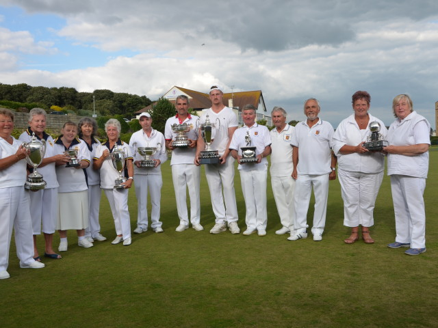 Bowls: mixing the Open
